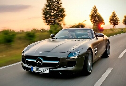 Обзор свежего Mercedes-Benz SLS AMG Roadster